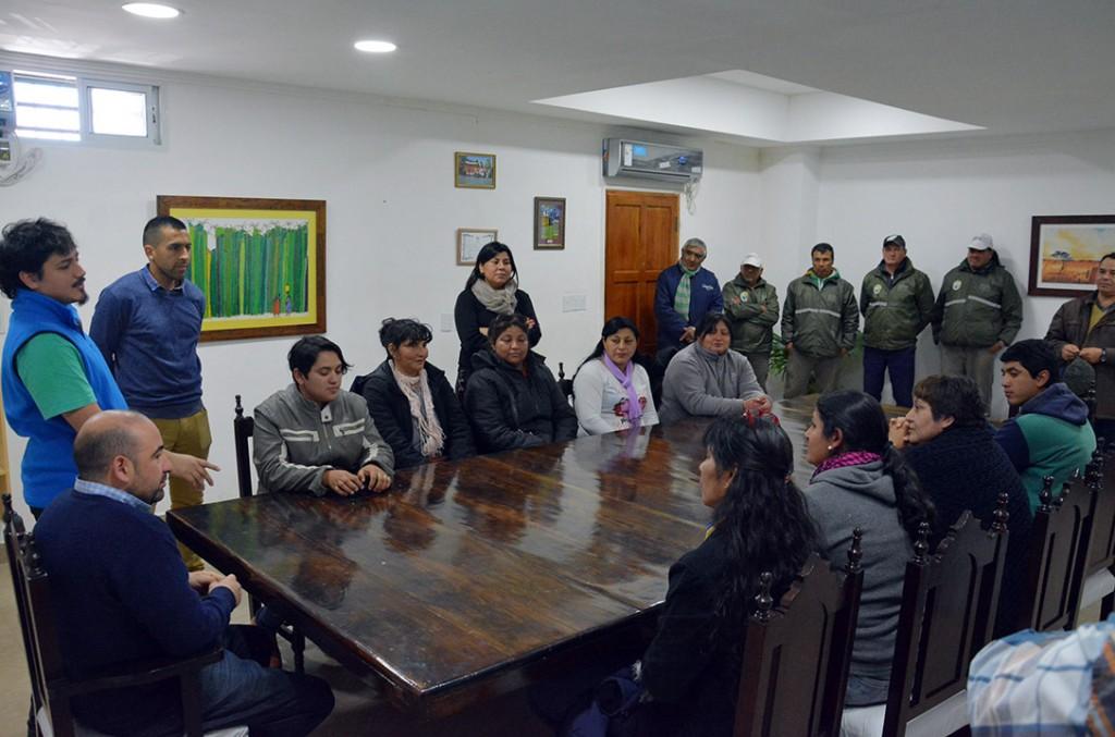 El municipio entregó herramientas a trabajadores de brigadas de limpieza