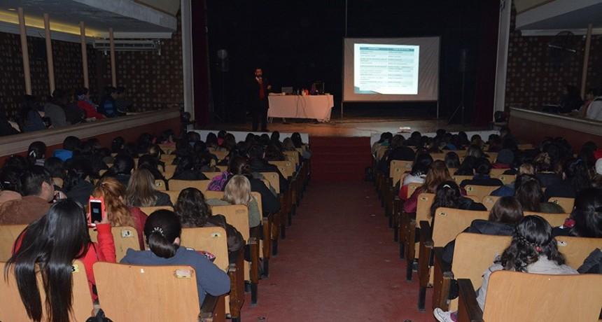Se realizó con éxito la Primera Jornada de Tecnología de Vanguardia Aplicada en Educación