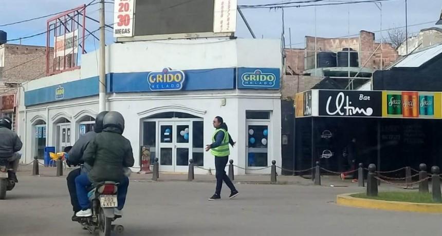 La comuna desplegó un amplio operativo de tránsito y seguridad por el corte de luz