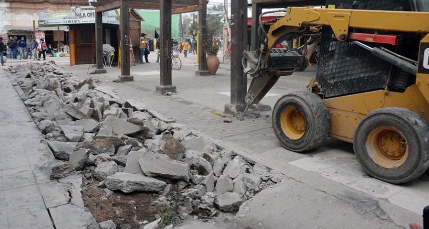 El municipio inició los trabajos de remodelación de la semipeatonal Sarmiento