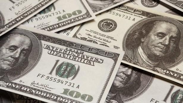 El dólar libre cerró con un nuevo récord, a 13,95 pesos