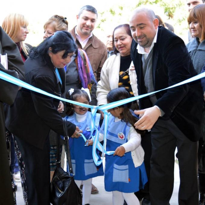 """El intendente Mirolo habilitó las nuevas instalaciones del Jardín Nº 7 """"Huahuitas"""""""