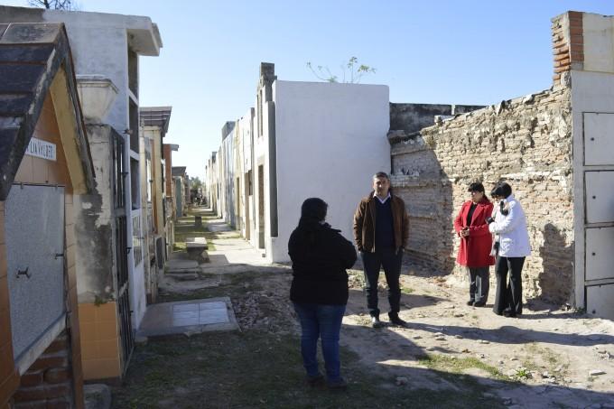 Preocupación por el saqueo de tumbas en el cementerio La Misericordia