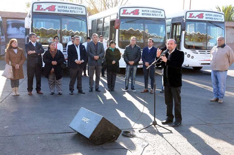 Mirolo presentó nuevas unidades de la línea 4 y dio otro paso hacia la optimización del servicio de transporte