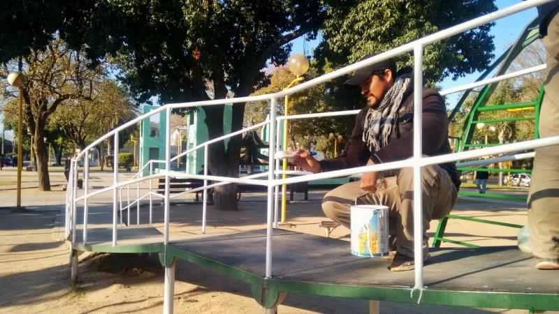 La comuna inició los trabajos de refacción en la Plaza Belgrano