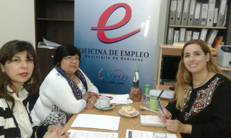 Convocan a beneficiarios de planes a participar de los cursos de albañilería y electricidad