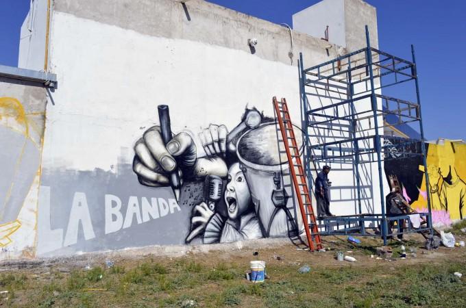 """Los murales ya le dan vida a la """"Cuna de poetas y cantores"""""""
