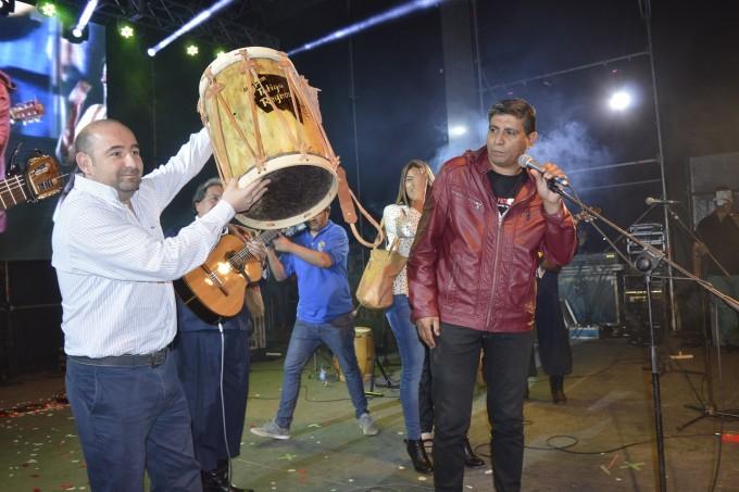 """Los Manseros emocionaron con su homenaje a la ciudad y el recuerdo de """"Fatiga"""""""