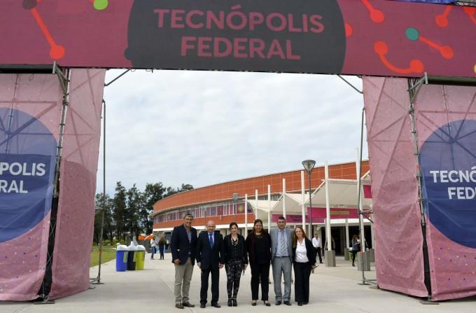 El intendente Mirolo destacó la importancia de Tecnópolis en Santiago del Estero