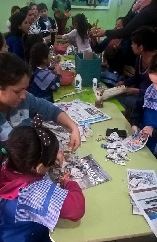 Desarrollo Social y Políticas Sanitarias dictó un taller sobre reciclado de papel