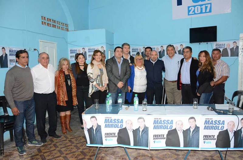 El Frente Renovador presentó a sus candidatos de cara a los comicios del 22 de octubre