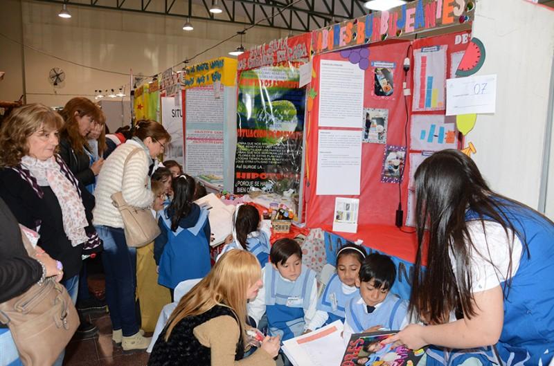 Los jardines municipales se destacaron en la 12º Feria Zonal de Ciencia y Tecnología