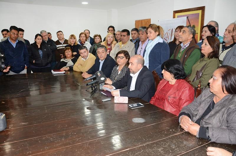 El intendente Mirolo sorprendió a los trabajadores municipales con importantes anuncios