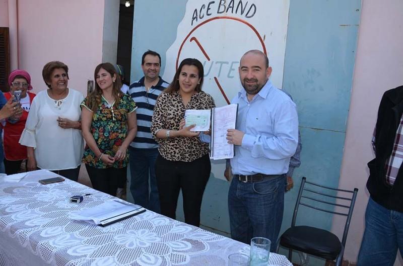 Mirolo cumplió el sueño de la Asociación de Celíacos de La Banda