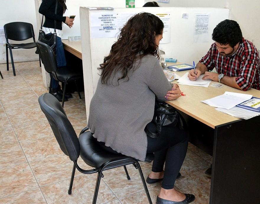 Convocan a beneficiarios de los programas Jóvenes, Seguro de capacitación y empleo para entrevistas laborales