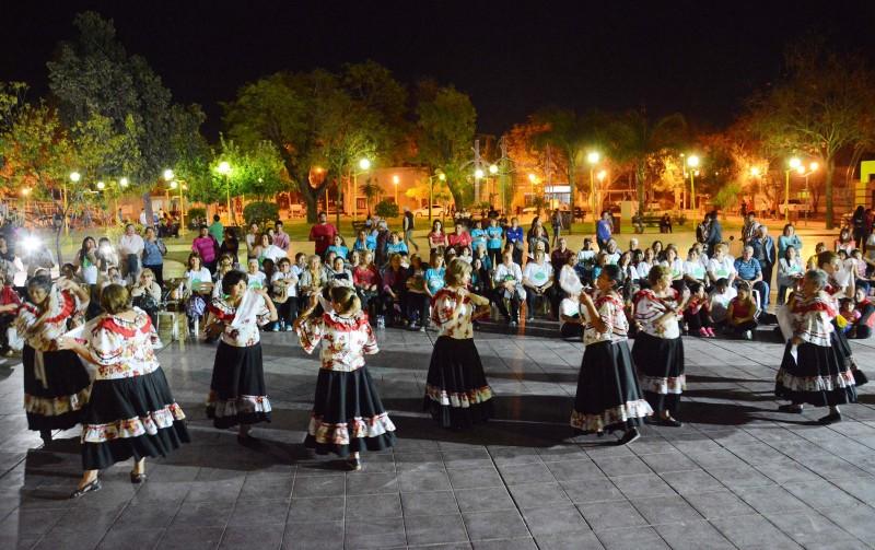 La Plaza Belgrano fue escenario de una gran fiesta por el Día del Adulto Mayor