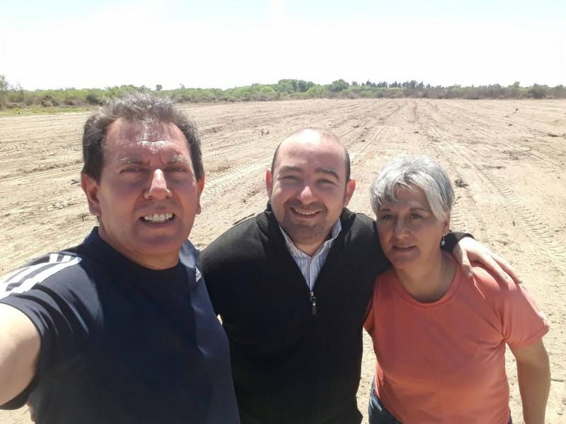 Mirolo visitó el predio donado por el municipio donde se construirá una cancha de hockey