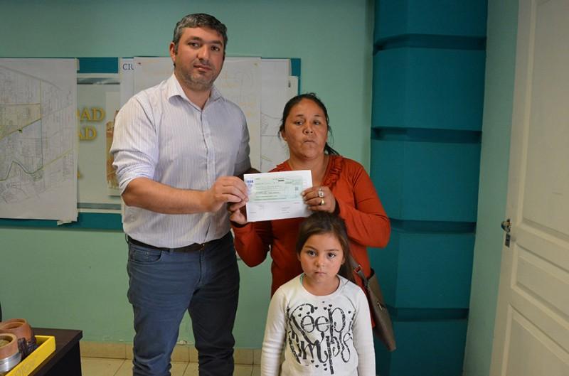 Un niño con problemas de salud recibió ayuda a través del Programa de Asistencia Directa al Vecino