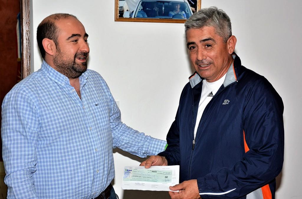 El municipio brindó ayuda a los chicos de la Escuela de Fútbol Infantil del Club Sarmiento