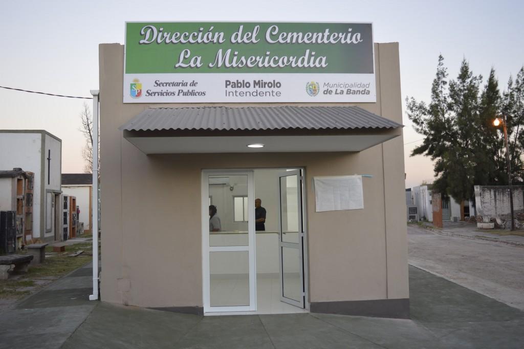 El Cementerio se prepara para el Día de los santos y el Día de difuntos