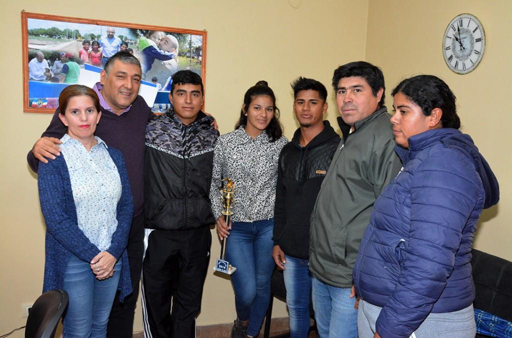 El municipio brindó apoyo a la escuela de fútbol infantil del barrio IV Centenario