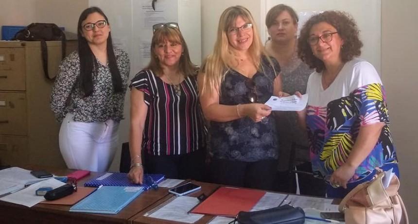 Docentes optaron para el cargo de maestra suplente de primer grado de la escuela municipal