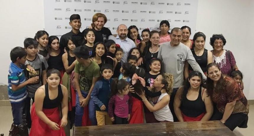 Mirolo destacó el trabajo cultural y social de la Academia de Danzas Folclóricas de Sauce Bajada