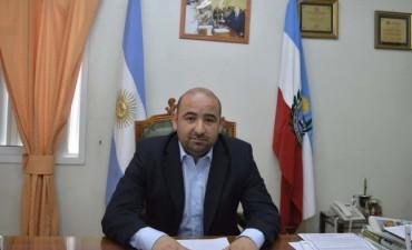 El intendente Mirolo anunció el pago del bono extra de $ 7.000 para los municipales de La Banda