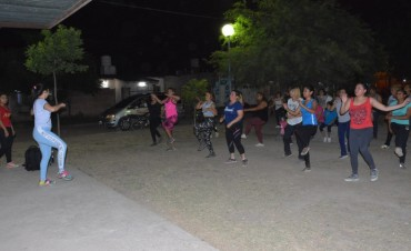 Comenzaron las clases gratuitas de ritmos en el barrio Central Argentino