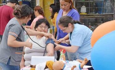 Salud Municipal realizó un cierre del año en la Peatonal Sarmiento