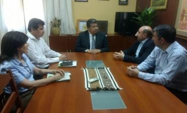 Mirolo y el rector de la Unse proponen traer la oferta universitaria a La Banda