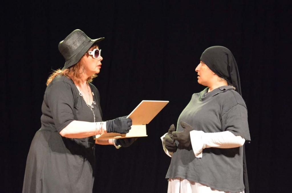 La Oficina de Género expuso una obra de teatro para generar conciencia sobre la violencia contra la mujer