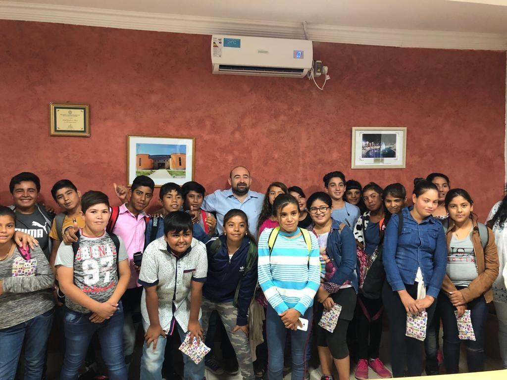 """Alumnos de la Escuela N° 38 """"Pedro Pablo Olaechea"""" de La Aurora visitaron al intendente Mirolo"""