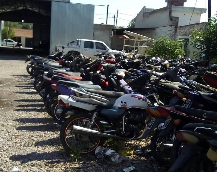 La comuna avanza en el ordenamiento del tránsito con el levantamiento de motos en el microcentro